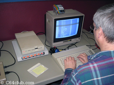 Loading C64 floppy disks on a 1571 disk drive - Commodore Computer Club