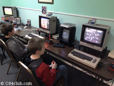 VIC-20 Dig Dug, C64 Nintendo Donkey Kong - Commodore Computer Club