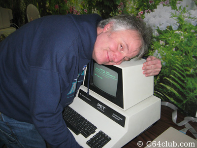 Earl Evans loves his PET 2001 computer - Commodore Computer Club