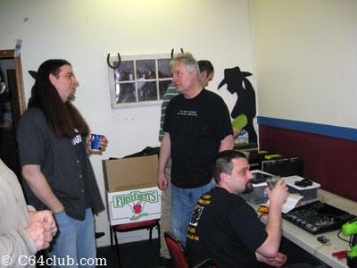 Socializing Atari 5200 Video Mod Hacking - Commodore Computer Club