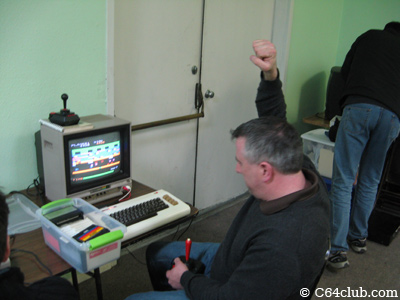 Chuck winning at Frogger VIC-20 - Commodore Computer Club