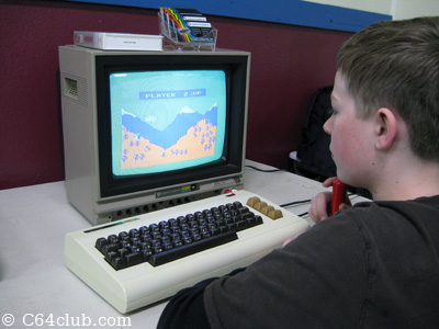 VIC-20 Artillery Dual Gametime - Commodore Computer Club