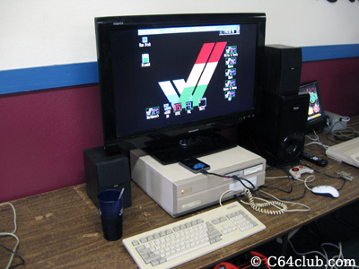 Amiga 200 - Commodore Computer Club