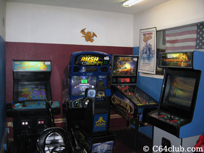 Simpson's, Rush 2049, Big Buck Hunter Pinball, Demolish Fist Coin-Op Arcade Games - Commodore Computer Club