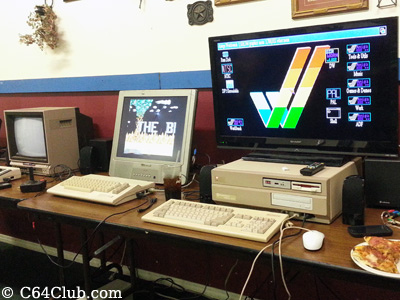 1702 color monitor - Commodore Computer Club