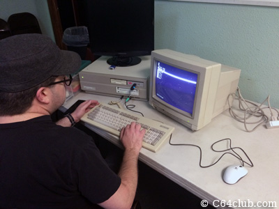 Amiga 2000 A2000 Gotek - Commodore Computer Club