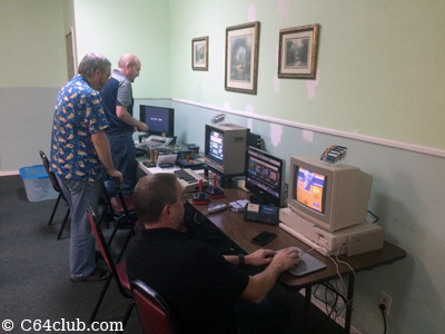 Amiga 1000, C64, Super Nintendo SNES Classic - Commodore Computer Club