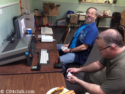 SX-64, Sega Dreamcast, C64C - Commodore Computer Club