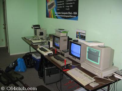 128DCR, C64, VIC-20, SX-64, MSD SD-2, Apple - Commodore Computer Club