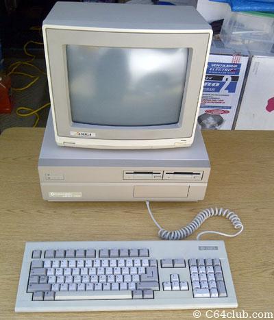 Amiga 2000 2000HD - Commodore Computer Club