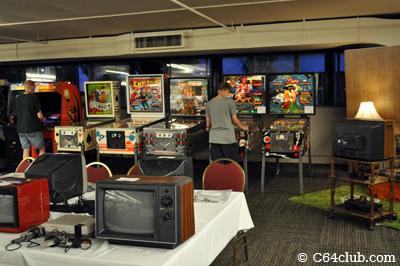 PRGE 2011: Freeplay arcade pinball machines - Commodore Computer Club
