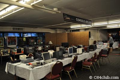 PRGE 2011: retro video game consoles - Commodore Computer Club
